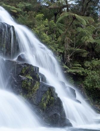 owharoa-falls.jpg